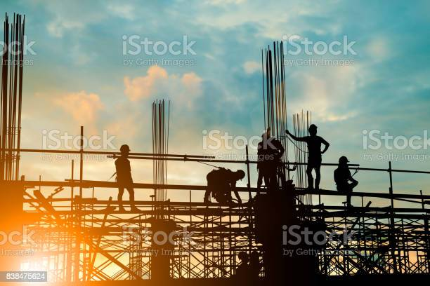 Silhouette of engineer and construction team working safely on on picture id838475624?b=1&k=6&m=838475624&s=612x612&h=1onclxrwjdwdx10pdfkbpgyazcghpetttdzxhkxgftc=
