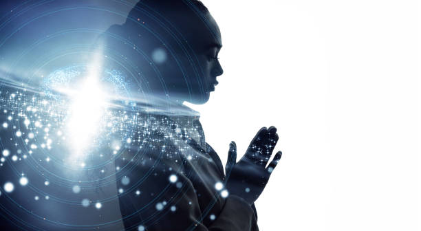 瞑想している女性のシルエット。マインドフルネスコンセプト。 - 仏教 ストックフォトと画像