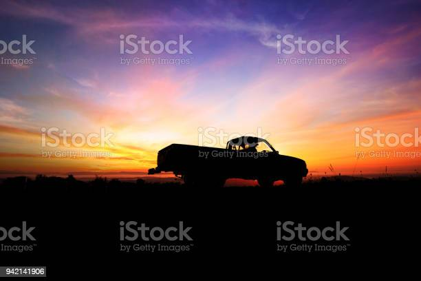 Silhouette of pickup truck on the background of beautiful sunset picture id942141906?b=1&k=6&m=942141906&s=612x612&h=abg6src1 hsl3jrm2jqmgf1rmcl9 3wyvwfecfmmzvg=