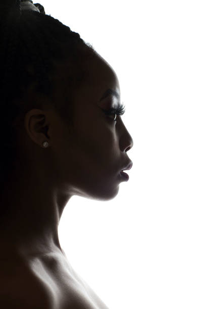 Silhouette der junge Afrikanerin – Foto