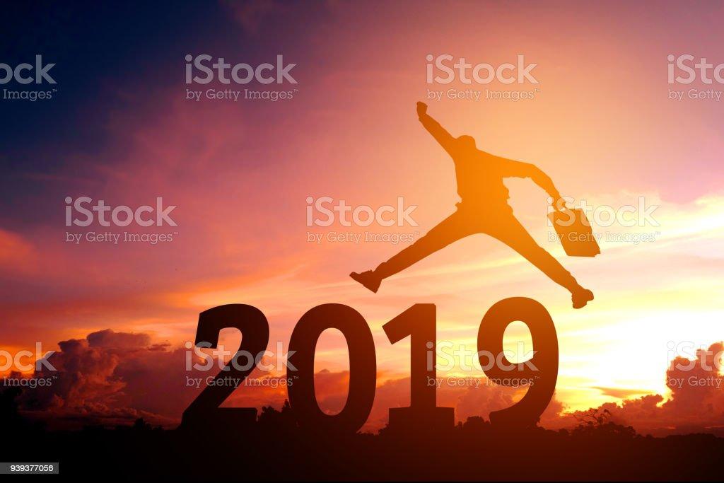 Silhouette der junge Geschäftsmann Happy für 2018 Silvester – Foto