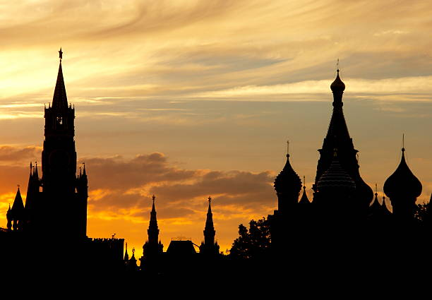 Silhouettes of the Moscow Kremlin  kremlin stock pictures, royalty-free photos & images