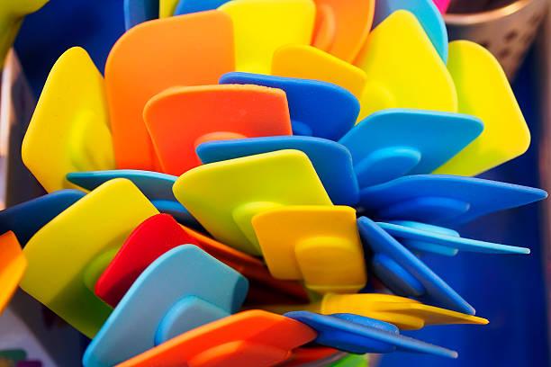 colorato spatulas in silicone - silicone foto e immagini stock