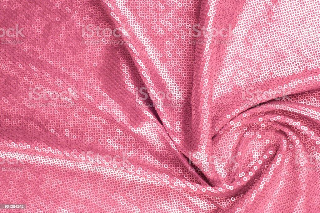 Textura de tecido de seda, plano de fundo. Coberto com lantejoulas rosa - Foto de stock de Brasil royalty-free