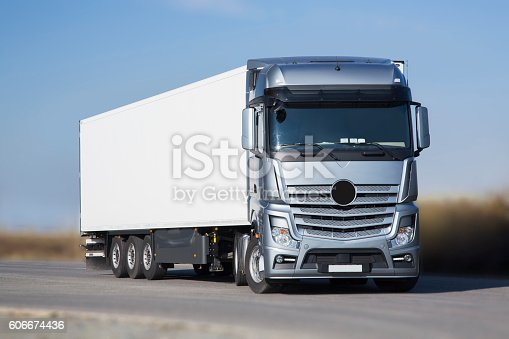 istock Silver big Lorry - clipping mask 606674436