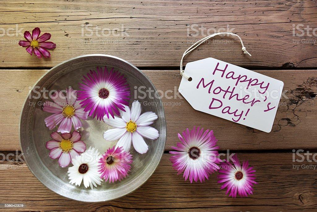 Silber Schale mit Cosmea Blüten mit Text Happy Muttertag – Foto