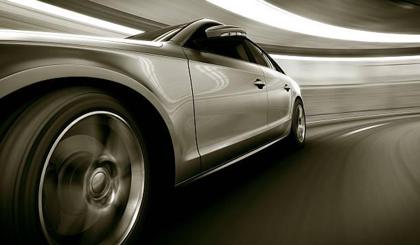 Argent dans un tunnel de vitesse - Photo