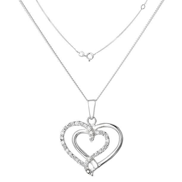 Silver-Kette mit Anhänger in Form von Herzen – Foto