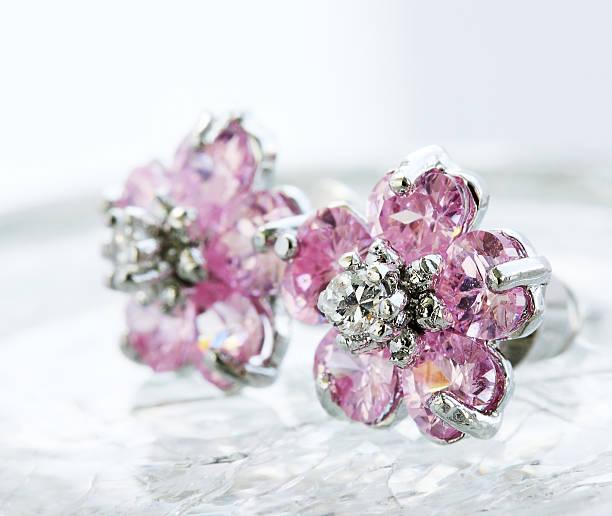 orecchini argento - earring ring foto e immagini stock