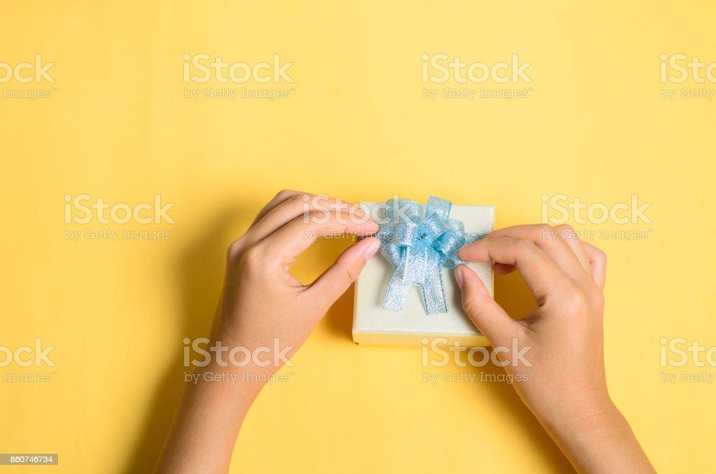 Silber-Geschenk-Box, präsentieren Ihnen dafür machen – Foto