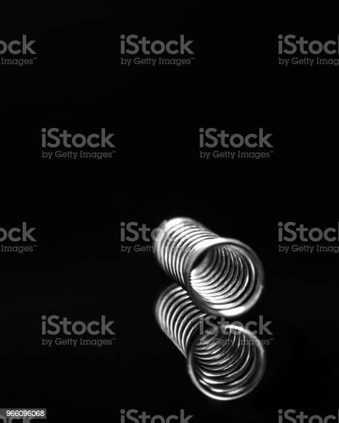 Silver Metall Penna Våren 7-foton och fler bilder på Abstrakt