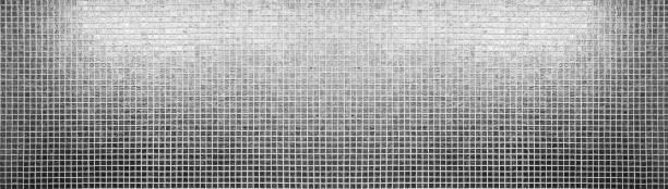 silber fliesen muster quadratischen textur - glitter farbige wände stock-fotos und bilder