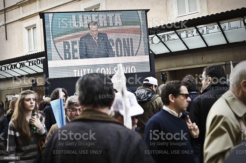 Silvio Berlusconi per il multi-schermo TV - foto stock