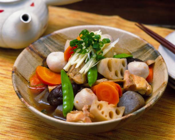 煮物椀 - 和食 ストックフォトと画像