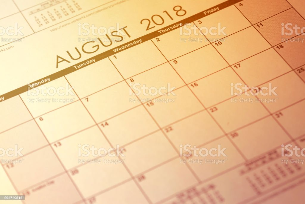 Simple August 2018 calendar. Week starts from Sunday. Toned image. - foto stock