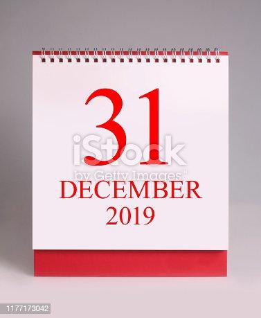 istock Simple desk calendar for New year eve 2020. 1177173042