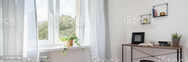 Simple home office picture id1157097280?b=1&k=6&m=1157097280&s=612x612&h=pg35no4ma fgwzbma8tu9o7zzsyf2dnnbjfvzbt 3oa=