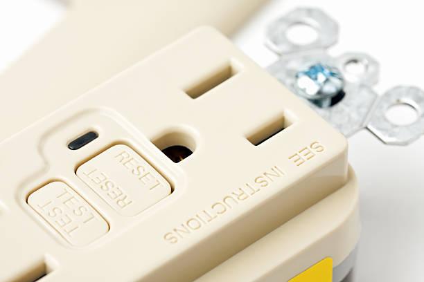 gfci prise électrique - prise électrique à trois fiches photos et images de collection
