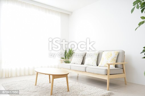istock Simple room with nobody 673417550