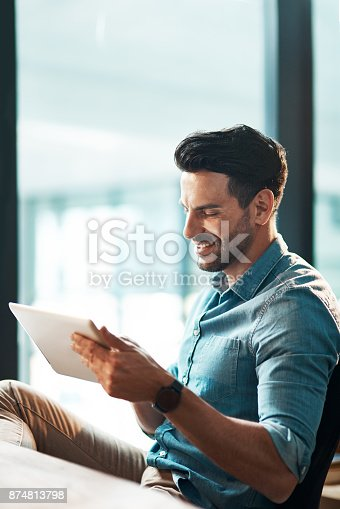 874813790 istock photo Simplifying any work task with smart apps 874813798