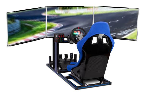 DIY Simracing Aluminium-Simulator-Rig für Videospiel-Rennen. Blau Motorsport Auto Eimer Sitz Lenkrad Pedale und Tripe Bildschirm Monitor Setup isoliert weißen Hintergrund – Foto