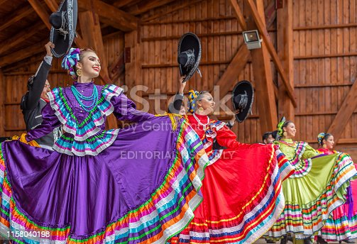 Timisoara: Group of dancers from Mexico in traditional costume present at the international folk festival