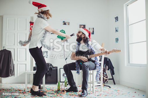849362192 istock photo Singing a christmas song 849341588