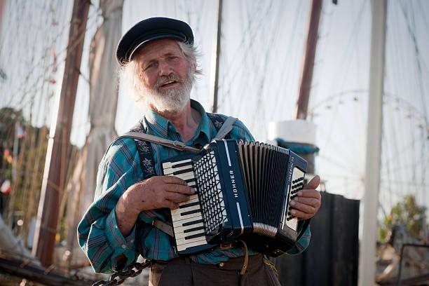 singen sailor - kiel stock-fotos und bilder