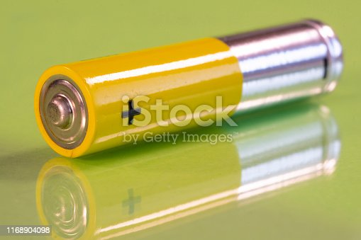 istock Single AAA battery 1168904098