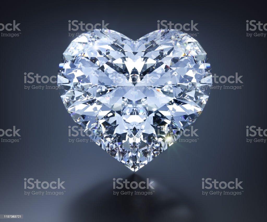 Einzelner Diamant isoliert auf dunklem Untergrund mit Spiegelung
