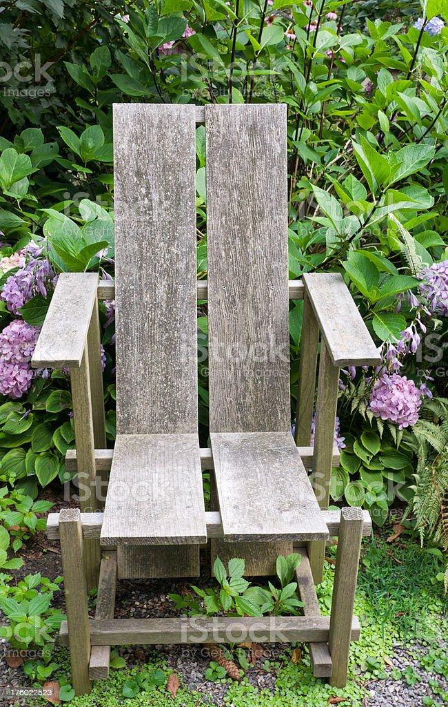 De Photo D Banque Chaise Le Libre Une Des Droit Jardin Plantes rxCodeWB