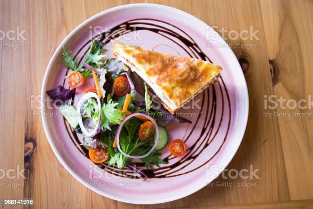 Porzione Singola Di Lasagna - Fotografie stock e altre immagini di Australia