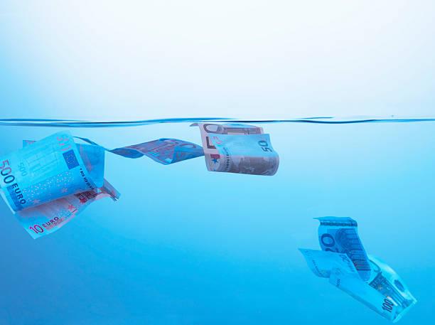 Sinken Geld – Foto