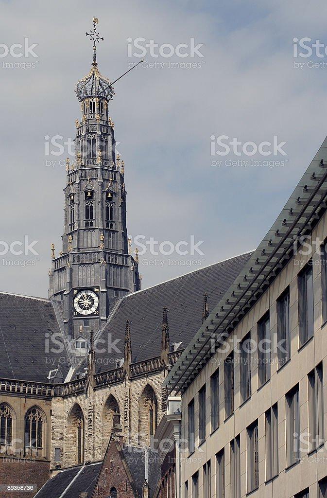 Sint-Bavokerk flèche à Haarlem photo libre de droits