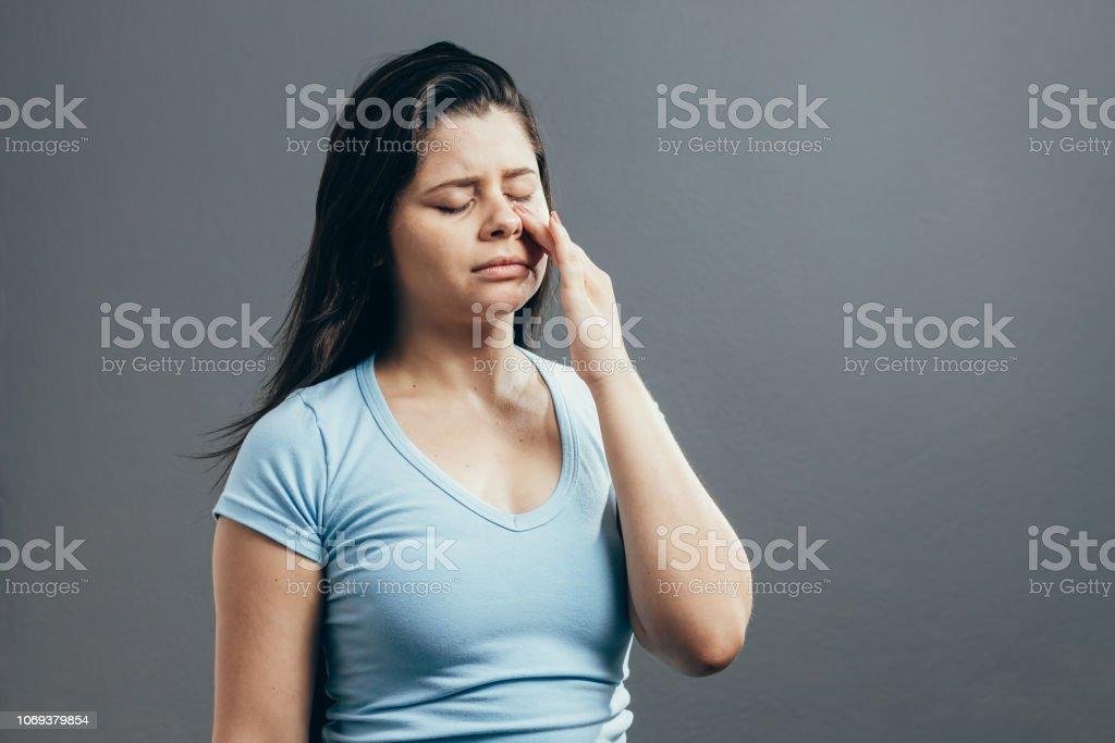 Dolor de cabeza sinusal vs gripe