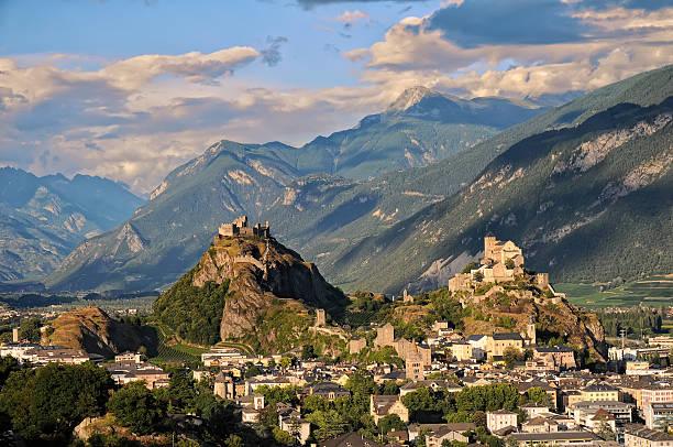 sion - kanton schweiz stock-fotos und bilder