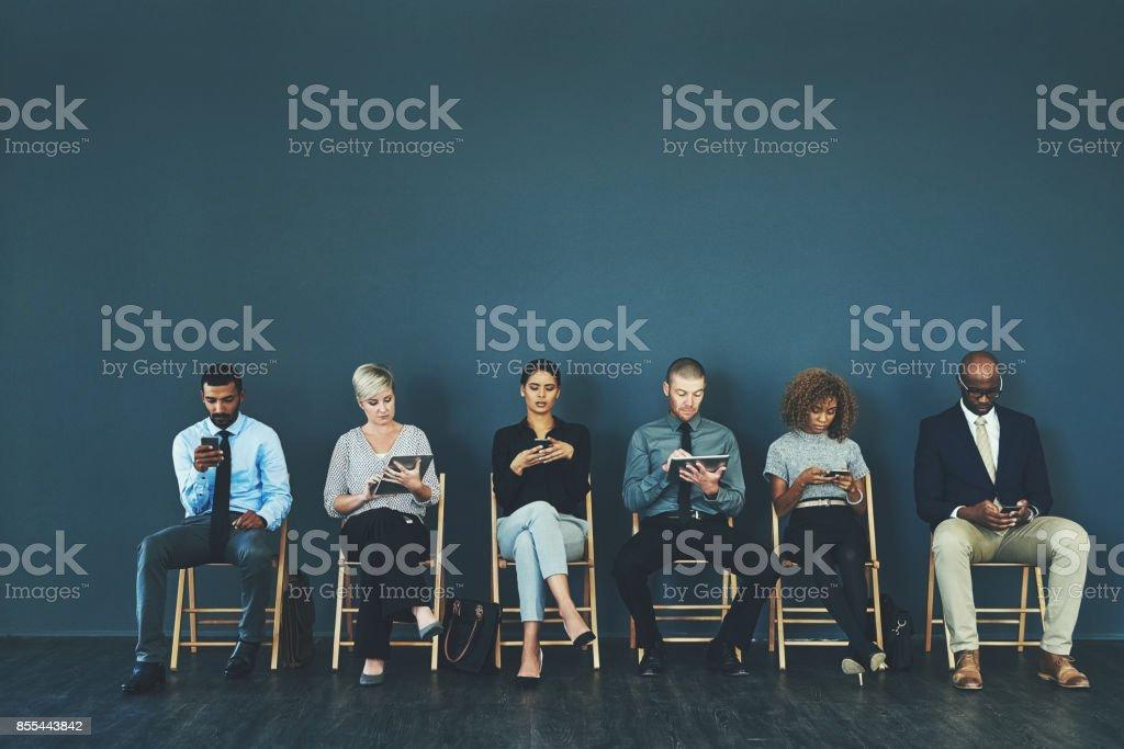 Sitzen Sie fest und üben Sie Ihre Antworten auf mögliche Fragen – Foto