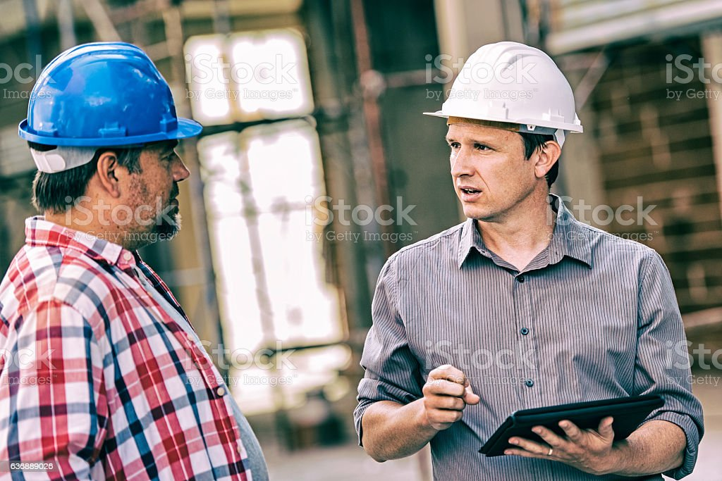 Site manager with construction foreman – Foto