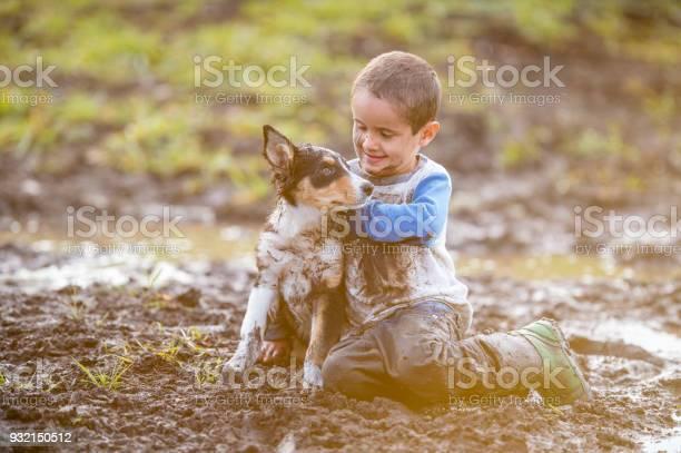 Sitting in the mud picture id932150512?b=1&k=6&m=932150512&s=612x612&h=dakoaz4wgg igao9fi9rjgonew8mlxg0jbwtzj1beeu=