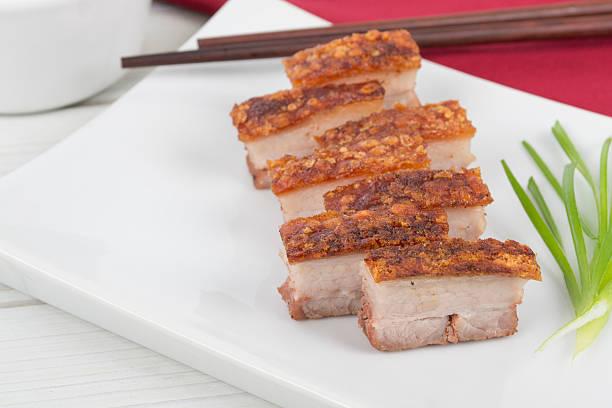 siu yuk-china de vientre de cerdo asado - tocino fotografías e imágenes de stock