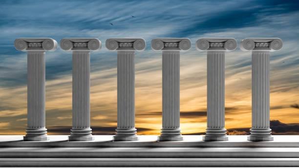 sechs antike säulen mit sonnenuntergang himmelshintergrund. - römisch 6 stock-fotos und bilder