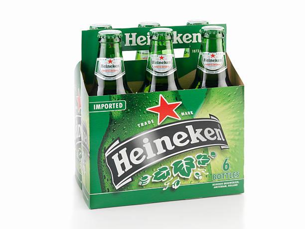 six pack de bière heineken - pack de six photos et images de collection