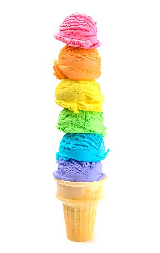 Six Scoops Of Rainbow Ice Cream Cone On A White Background - Fotografie stock e altre immagini di Alimentazione non salutare
