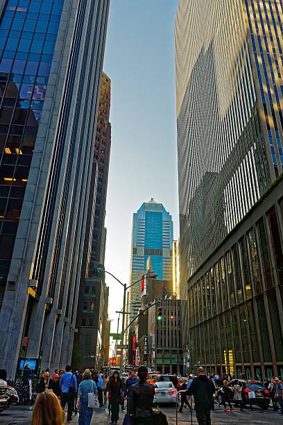 sixth avenue, and west 47th street in midtown manhattan - morgan stanley stock-fotos und bilder
