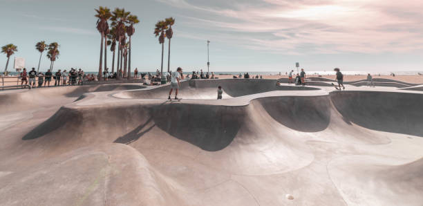 Skate Park Skate Park in Venice Beach, California ramp stock pictures, royalty-free photos & images