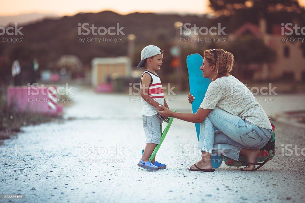 Skating lessons - foto de acervo