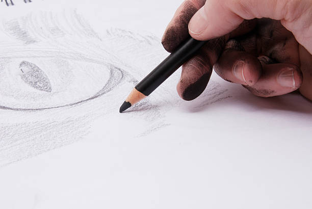 sketch artist - charcoal drawing stock photos and pictures