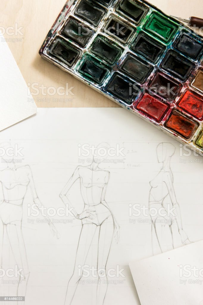 sketches of fashion models on desk royalty free stock photo - Free Sketches To Paint