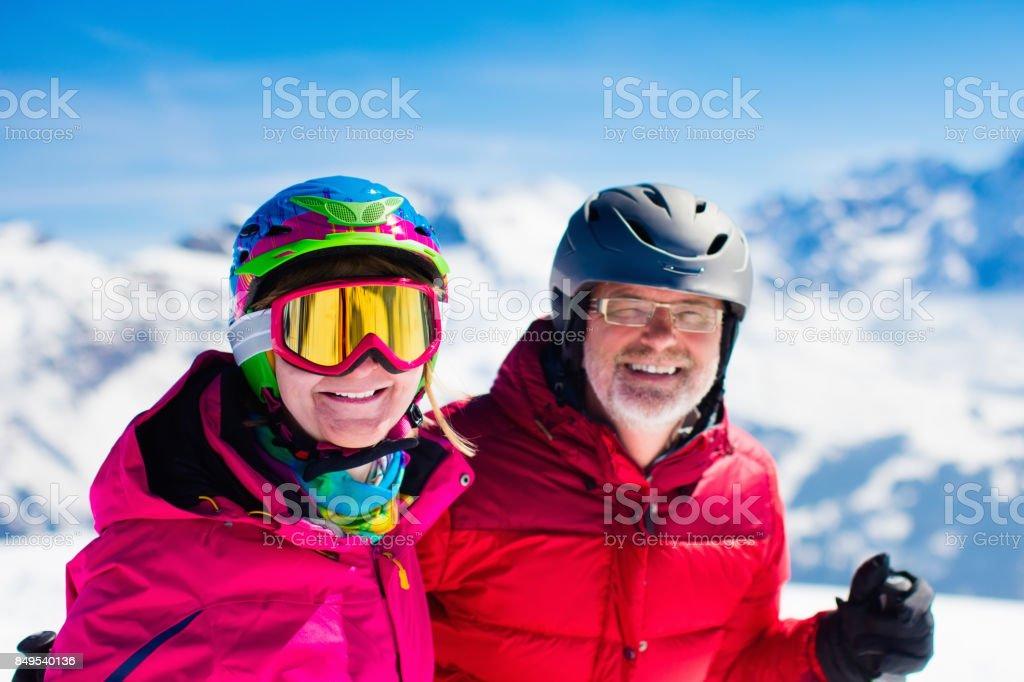 Ski und Schnee Spaß im Winterberge – Foto