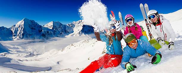Ski family playing with snow picture id156357122?b=1&k=6&m=156357122&s=612x612&w=0&h=v2qokrqirqgrmt36no4axx1zj5vsjlxtumbw2j1bquy=